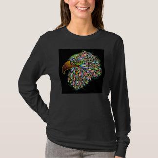 T-shirt psychédélique de conception de faucon