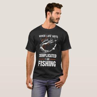 T-shirt Quand la vie m'obtient compliqué allez pêcher le