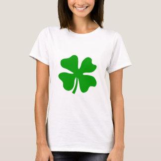 T-shirt Quatre jour de la St Patrick chanceux du trèfle |