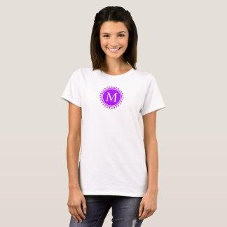 T-shirt Raisin d'été et monogramme blanc de point de polka