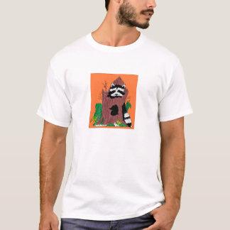 T-shirt raton laveur dans le rondin
