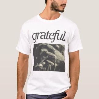 T-shirt reconnaissant. Conception religieuse