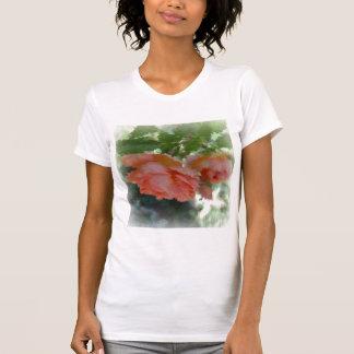 T-shirt Roses peints de pêche