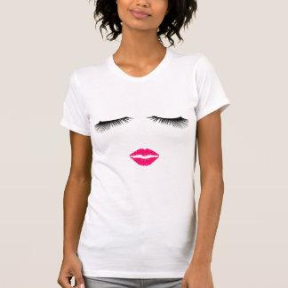 T-shirt Rouge à lèvres et cils