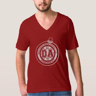 T-shirt Rouge du DK de pièce en t de la tasse V de congé