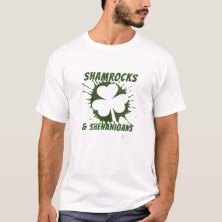 T-shirt Shamrocks et malice irlandais de Jour de la Saint