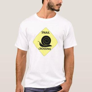 T-shirt Signe de croisement d'escargot