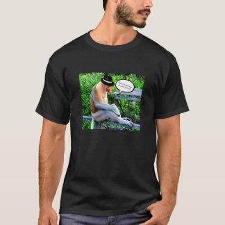 T-shirt Singe de buse utilisant un casquette