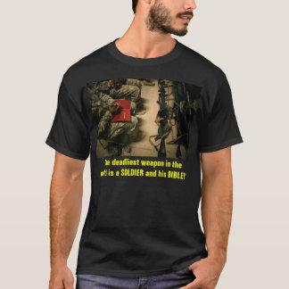 T-shirt Soldat et sa bible