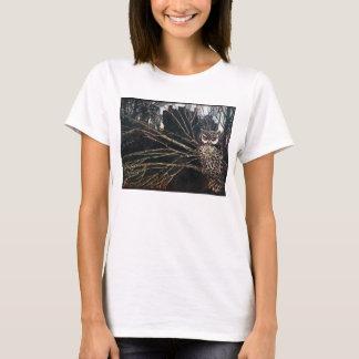 T-shirt Sorcière sous la forme de hibou