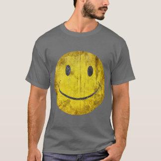 T-shirt souriant affligé de visage