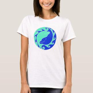 T-shirt Spiritueux de dauphin de Yin Yang