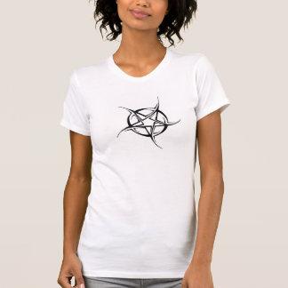 T-shirt star tattoo