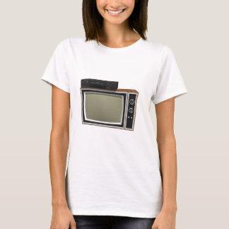 T-shirt style TV et magnétoscope des années 80 : modèle 3D