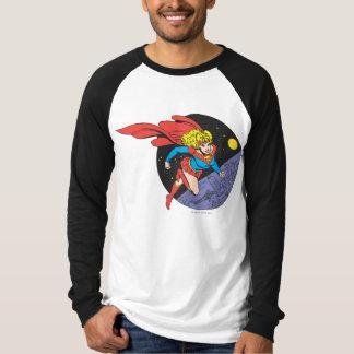 T-shirt Supergirl saute dans l'espace
