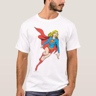 T-shirt Supergirl sur le mouvement