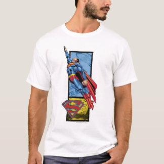 T-shirt Superman saute avec le logo