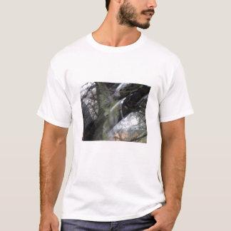 T-shirt Tache floue d'ange de cimetière avec la chemise