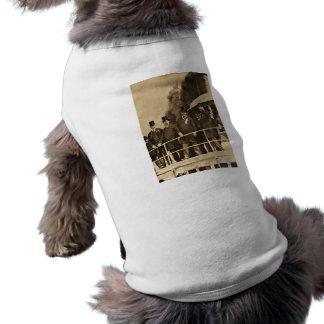T-shirt Teddy Roosevelt sur le cru de Tashmoo de vapeur