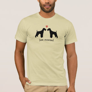 T-shirt Terriers d'Airedale avec le coeur et le texte