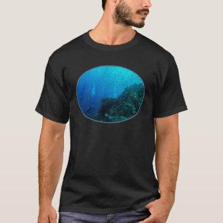 T-shirt tropical de poissons de mer de corail