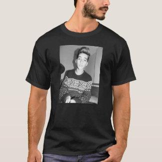 T-shirt Tumblr Vais model