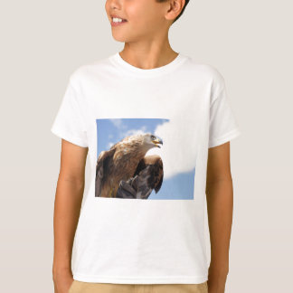 T-shirt Un aigle d'or majestueux