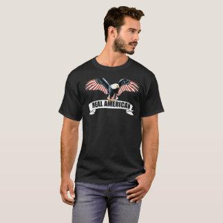 T-shirt Un vrai drapeau américain d'Eagle chauve