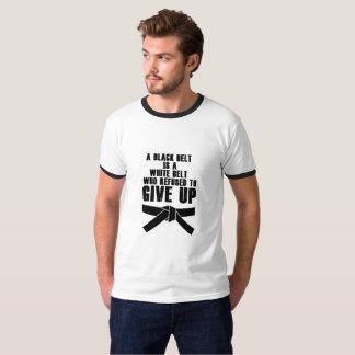 T-shirt Une ceinture noire est un karaté blanc le