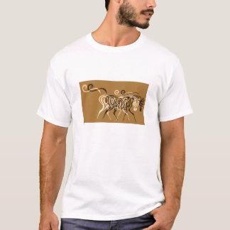 T-shirt une promenade dedans au soleil