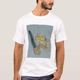 T-shirt Whetstone et anneaux avec la décoration granulée,