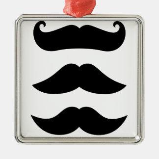 T-shirts avec des moustaches, produits ornement carré argenté