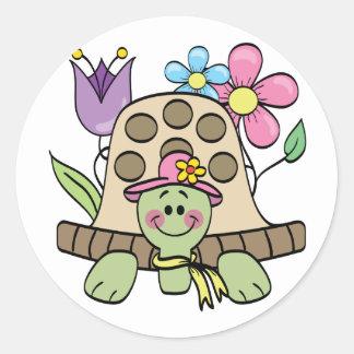 T-shirts et cadeaux de tortue de printemps sticker rond