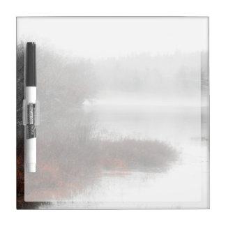 Tableau Effaçable À Sec Lac brumeux un jour d'hiver