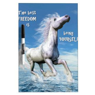 Tableau Effaçable À Sec Liberté de cheval blanc - 3D rendent