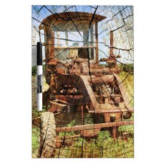 Tableau Effaçable À Sec Tracteur en bois primitif de construction de pays