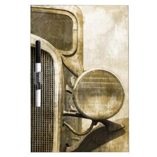 Tableau Effaçable À Sec Vieux camion de ferme rouillée industrielle de
