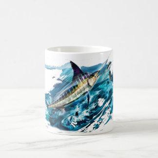 Taillade de Marlin sautant avec le thon Mug