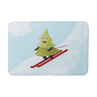 Tapis De Bain Hiver heureux de ski de pin