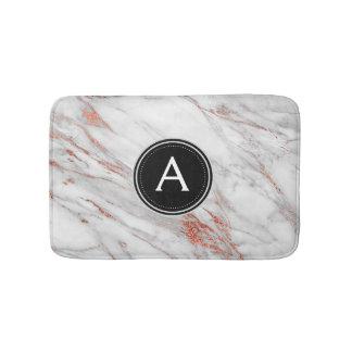 Tapis de bain rose de monogramme de marbre d'or