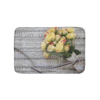 Tapis De Bain Vieille musique de feuille avec les roses jaunes