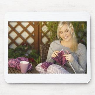 Tapis De Souris Apprécier le thé et tricotage