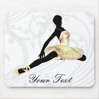 Tapis De Souris ballerine d'une manière élégante habillée en