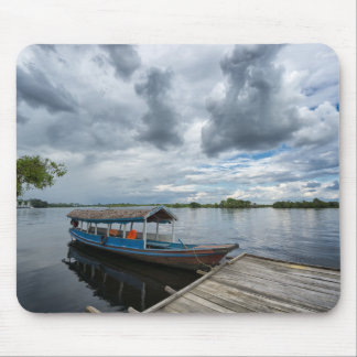 Tapis De Souris Bateau de touristes d'Amazone