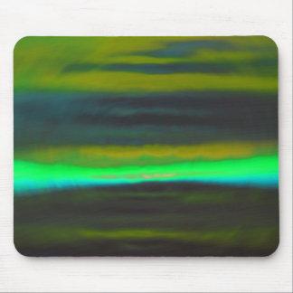 Tapis De Souris Brume verte au néon au-dessus des terres noires