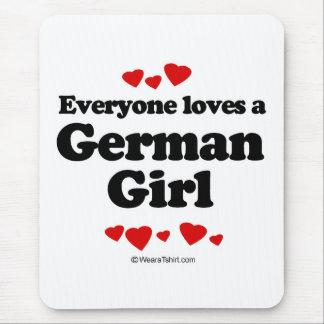Tapis De Souris Chacun aime une fille allemande