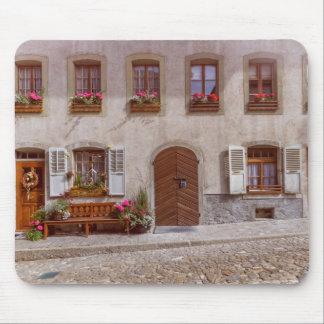 Tapis De Souris Chambre dans le village de gruyère, Suisse