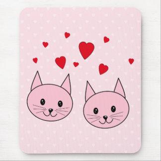 Tapis De Souris Chats roses avec des coeurs d'amour