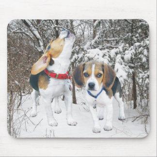 Tapis De Souris Chiots de beagle dans la neige Mousepad de région