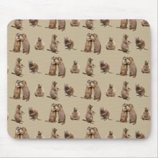 Tapis de souris de frénésie de chien de prairie